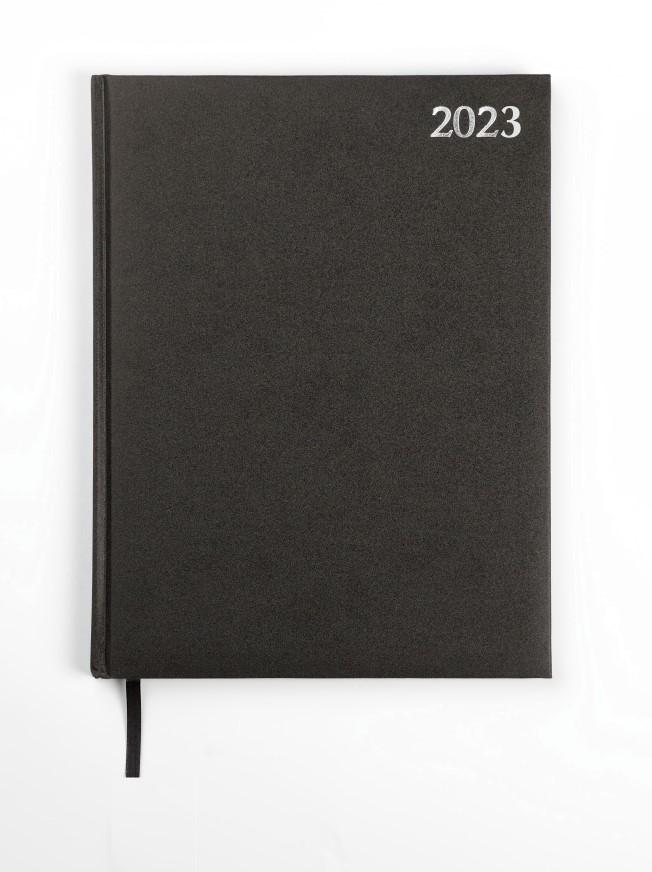 Dienasgrāmata STANDARD 2020, PVC, A4, melna krāsa ..