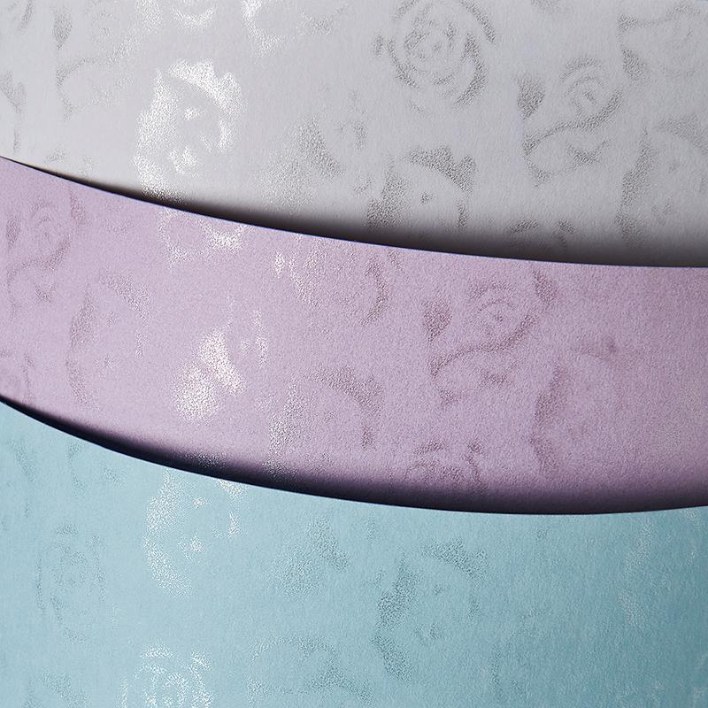 Dekoratīvais kartons PREMIUM SMALL ROSES,gaiši zilā krāsā, A4, 20 loksnes, 220 g/m²