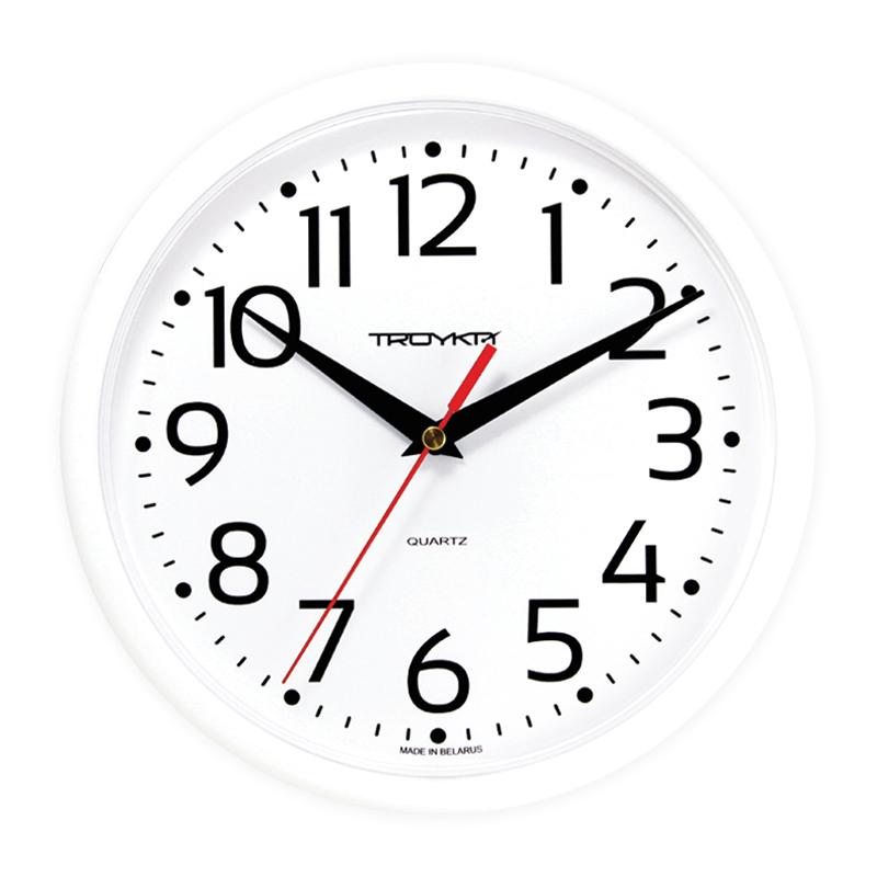 Sienas pulkstenis TROYKA, ar diametru 23 cm, balts baltā korpusā